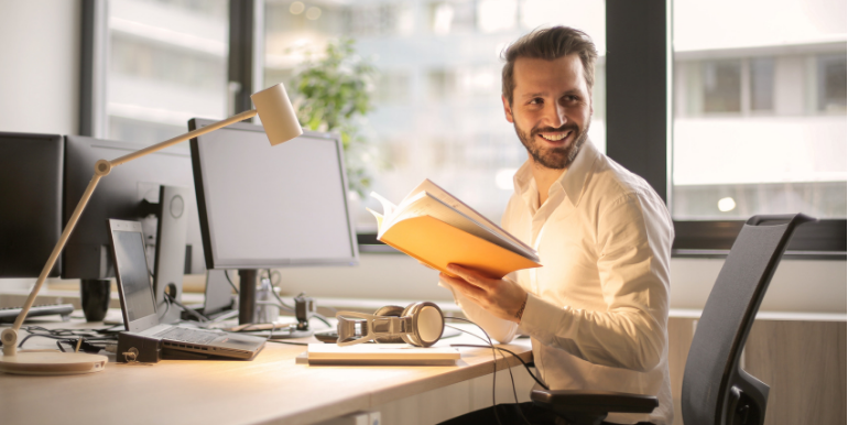 4 Employee Incentive Programs That Improve Productivity